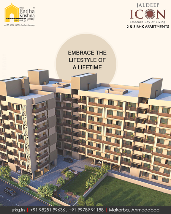 Take a leisurely dip into the modern amenities and embrace the lifestyle of a lifetime at #JaldeepIcon.  #SampleFlatReady #2and3BHKApartments #Amenities #LuxuryLiving #ShreeRadhaKrishnaGroup #Makarba #Ahmedabad