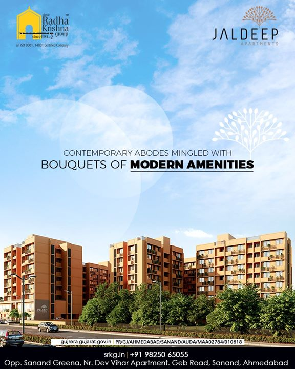 Let your lifestyle be a dynamic one at #JaldeepApartment boasting of the contemporary abodes mingled with bouquets of modern amenities.  #AlluringApartments #ExpanseOfElegance #LuxuryLiving #ShreeRadhaKrishnaGroup #Ahmedabad #RealEstate #SRKG