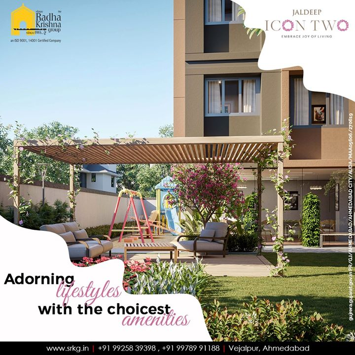 Discover the pristine shades of luxury. Let thy lifestyle be adorned with the choicest amenities at #JaldeepIcon2.  #Amenities #LuxuryLiving #ShreeRadhaKrishnaGroup #Ahmedabad #RealEstate #SRKG #IconicApartments #IconicLiving