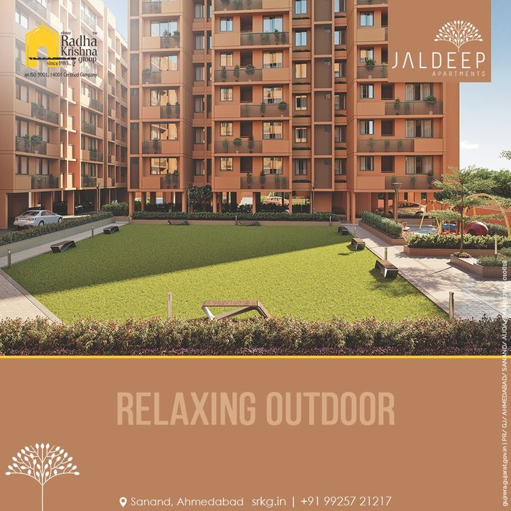 With the lush green garden spaces, relaxing outdoor with contentment is pure bliss at Jaldeep Apartments.  #JaldeepApartments #LuxuryLiving #ShreeRadhaKrishnaGroup #Ahmedabad #RealEstate #SRKG