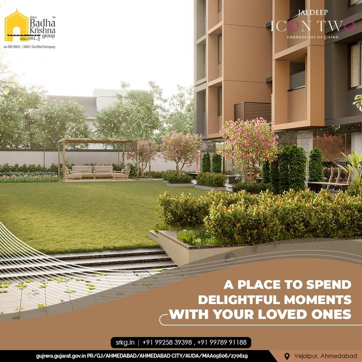 Jaldeep Icon 2 is equipped with a peaceful Landscape Garden for you to spend a serene time with your loved one.  #JaldeepIconTwo #IconTwo #LuxuryLiving #ShreeRadhaKrishnaGroup #RadhaKrishnaGroup #SRKG #Vejalpur #Makarba #Ahmedabad #RealEstate