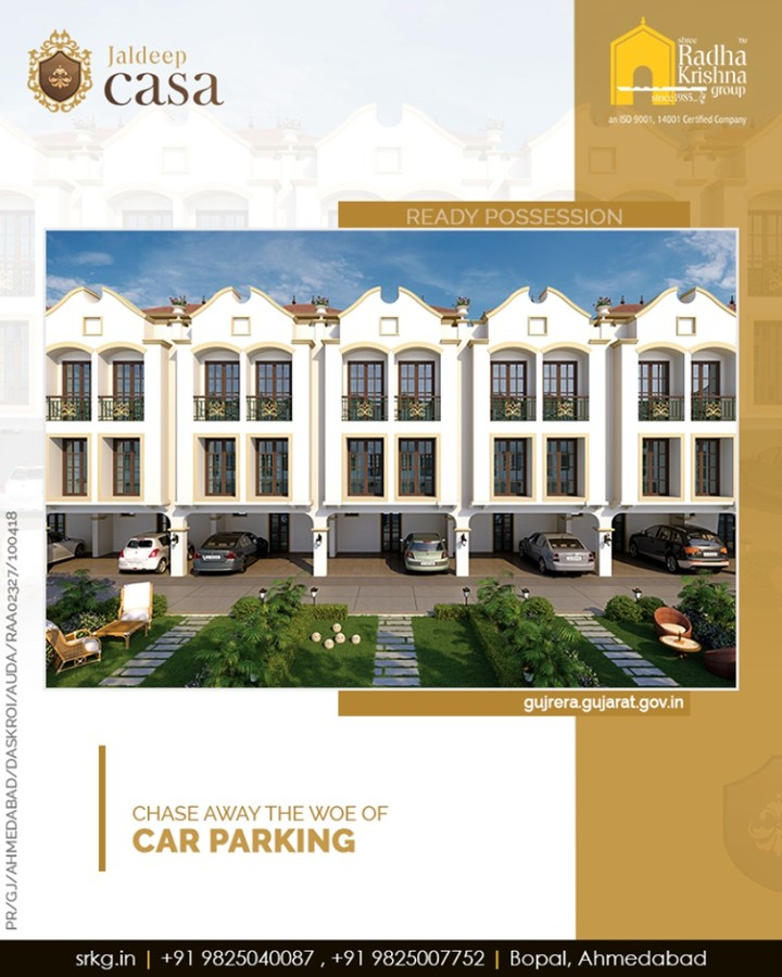 In-order to help our dwellers chase away the woe of cark parking, the limited edition of 34 bungalows at #JaldeepCasa has individually allotted car parking space.  #LuxuryLiving #ShreeRadhaKrishnaGroup #Ahmedabad #RealEstate #SRKG #CasaLiving