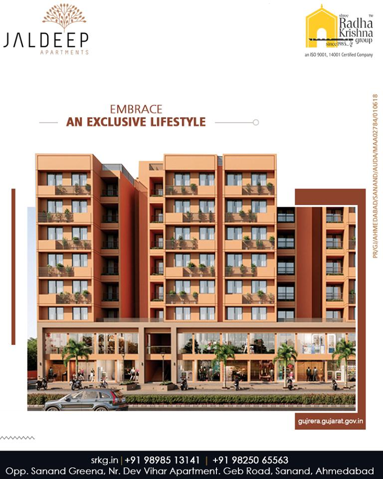 Embrace an exclusive lifestyle at the exquisitely designed, budget-friendly residential project; #JaldeepApartment.  #SampleFlatReady #Amenities #LuxuryLiving #ShreeRadhaKrishnaGroup #Ahmedabad #RealEstate #SRKG https://t.co/NKLYUqf6RC