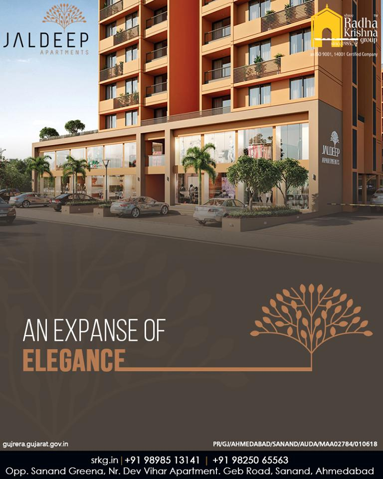 Pouring comfort and coziness from it's every nook & corner, #JaldeepApartment is an expanse of elegance that is soon coming up to steal the hearts of the house enthusiasts.  #ExpanseOfElegance #LuxuryLiving #ShreeRadhaKrishnaGroup #Ahmedabad #RealEstate #SRKG #IconicApartments https://t.co/0pJGZI1pcE