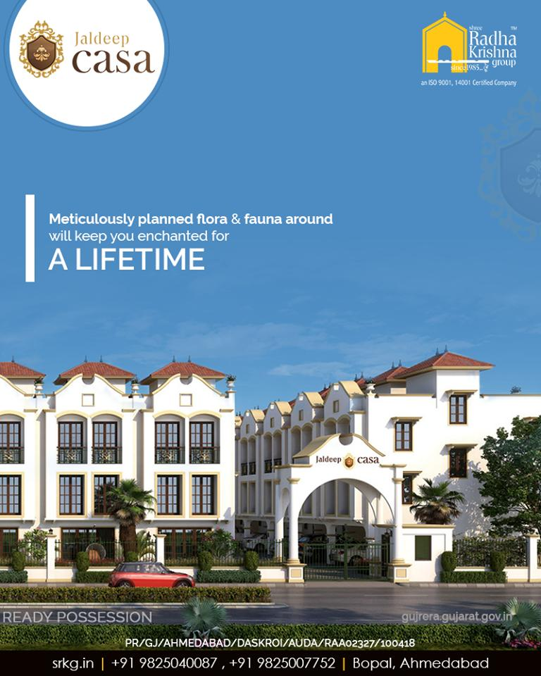 The world shall wait as you enter the upper echelons of society! The meticulously planned flora & fauna around will keep you enchanted for a lifetime.  #ShreeRadhaKrishnaGroup #Ahmedabad #RealEstate #SRKG #CasaLiving #Bopal https://t.co/gJ3wuSuTMd